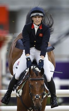 Britain's Zara Phillips and her horse High Kingdom compete in the show-jumping phase of the equestrian eventing competition July Olympic Equestrian, London Olympic Games, Nbc Olympics, Zara Phillips, Team Gb, English Riding, Show Jumping, Equestrian Style, Equestrian Fashion