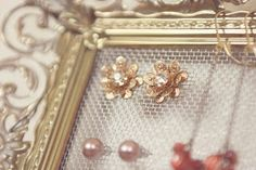 Maris Family: DIY: Jewelry Display