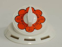 Your place to buy and sell all things handmade 1970s Kitchen, Kitchen Ware, Vintage 70s, Vintage Decor, Orange Kitchen, Kitchen Timers, Orange Flowers, Retro, Awesome