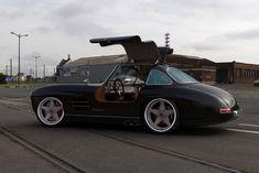 """La société américaine GullWing Amérique (GWA) de San Antonio – Texas vient de mettre au point la Panamericana 300SL inspirée par la mythique Mercedes 300 SL """"Gullwing""""."""