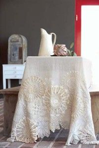 DIY-Decorate the border of a tablecloth with a selection of beautiful doilies. The tea-stain technique creates an heirloom look (simple tutorial)