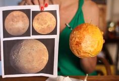 HI, Linda Facci here to show you the basics of how to make a paper mache planet. Visit my other page for step-by-step instructions.