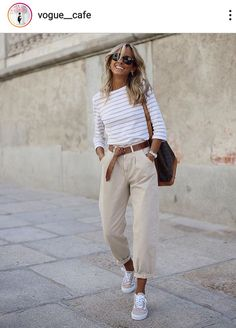 Fashion Tips Moda .Fashion Tips Moda Casual Work Outfits, Mode Outfits, Classy Outfits, Stylish Outfits, Fashion Outfits, Fashion Hacks, Fashion Tips, Casual Lunch Outfit, Casual Work Clothes