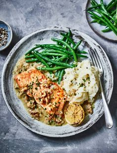 Seafood Recipes, Cooking Recipes, Walnut Sauce, California Walnuts, Creamed Potatoes, Tuna Steaks, Cook Up A Storm, Vegetable Seasoning, Salmon Fillets