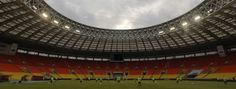 Mundial de 2014: FIFA com receitas recorde no Mundial do Brasil - Enquanto isso o povo brasileiro sofre | Disso Voce Sabia?