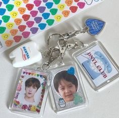 room decor for kpop fans ~ fans room kpop ` room ideas for kpop fans ` kpop fans room decor ` room decor for kpop fans ` kpop fans room ideas ` kpop fans room goals Nct, Diy Keyring, Keychains, Kpop Phone Cases, Kpop Diy, Aesthetic Phone Case, Pop Collection, Kpop Merch, Decoden