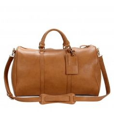 Cassidy - A great size weekender bag with a detachable shoulder strap.