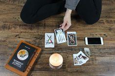 Découvrez comme chaque matin sur la page Facebook du voyant Nicolas Duquerroy votre horoscope du jour. 3 Card Tarot Spread, Love Tarot Card, Best Tarot Decks, Tarot Card Decks, What Are Tarot Cards, Tarot Significado, Learned Helplessness, Tarot Cards For Beginners, Major Arcana Cards
