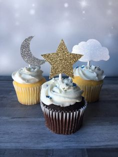 Space Baby Shower, Boy Baby Shower Themes, Star Baby Showers, Baby Shower Cupcakes, Baby Shower Gender Reveal, Baby Boy Shower, Baby Shower Decorations, Star Cupcakes, Themed Cupcakes