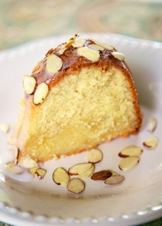 Finish your dinner party with this delightful Amaretto Pound Cake – click here to get the recipe!