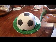 Soccer Birthday Cakes, Birthday Desserts, Birthday Ideas, Teen Cakes, Cakes For Boys, Creative Cake Decorating, Creative Cakes, Soccer Ball Cake, City Cake