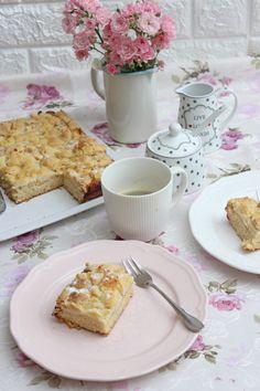 Dieser Apfelkuchen mit Streuseln hat die köstlichste, saftigste und perfekte Apfelkuchen-Füllung. Er nimmt einen einfachen frischen Apfelkuchen und übersteigt ihn mit dem klassischen und knusprigen Apfel-Haferflocken sowie dem braunen Zucker. Er ist übergossen mit knusprigen, aromatischen Streuseln und...