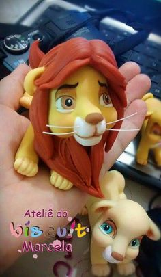 Fimo Disney, Polymer Clay Disney, Polymer Clay Figures, Polymer Clay Animals, Fimo Clay, Polymer Clay Charms, Polymer Clay Art, Lion Cakes, Lion King Cakes