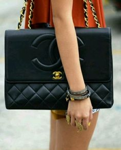 You can never go wrong with #chanel