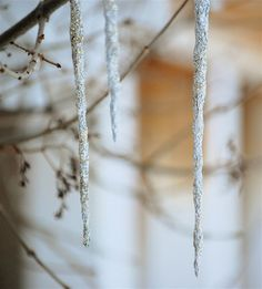 Glittery Foil Icicles Tutorial