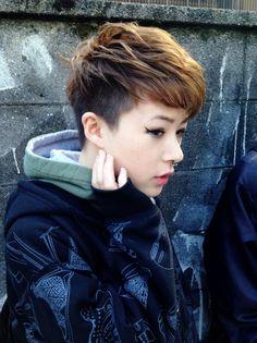 とりいれるならこれ!ツーブロック系でインナーを刈り上げる髪型 - Yahoo! BEAUTY Asian Short Hair, Very Short Hair, Short Hair Cuts, Short Hair Styles, Fancy Hairstyles, Pixie Hairstyles, Hair Inspo, Hair Inspiration, Ulzzang Hair