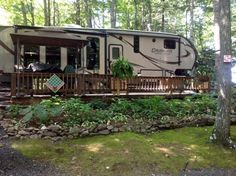 """See our site for more information on """"recreational vehicle ideas"""". It is actually an excellent area to read more. Rv Camping, Camping Hacks, Campsite Decorating, Palm Springs Resorts, Trailer Deck, Rv Lots, House Deck, Camper Makeover, Rv Parks"""