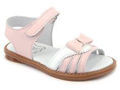 A beautiful Pink and white leather sandals scallop edges for those warm and sunny days! Perfect to combine with her warm weather dress. Sole of sandals are great for toddles and grow up girls. Baby Girl Sandals, Pink Sandals, Girls Sandals, Baby Girl Shoes, Girls Shoes, Women Sandals, Baby Boy, Spanish Shoes, Spanish Style