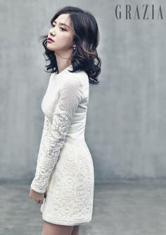 https://i.pinimg.com/236x/83/21/e2/8321e2520c389076a847e9b8209269fc--korean-actresses-beautiful-ladies.jpg