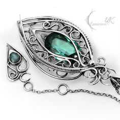Fully handmade work: necklace technique: wire-wrapping materials: sterling silver, fine silver, black onyx , spinel . Facebook page www.facebook.com/Lunarieen Online shop www.lunarieenuk.co.uk/en/ ...
