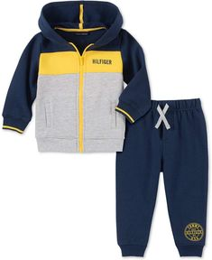Keep your little ones feeling snug in this cozy hoodie and joggers set. The zip-up hoodie features side pockets to give them handy storage space or let them warm their hands. Young Boys Fashion, Kids Fashion, Sporty Fashion, Fashion Women, Winter Fashion, Jogger Pants, Joggers, Baby Boy Outfits, Kids Outfits