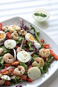 Uma sugestão muito fresca e nutritiva, ideal para quem não está com muita fome e recomendada para quem pretende perder peso rapidamente