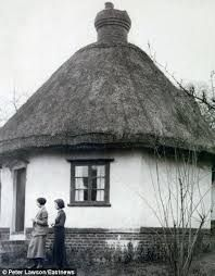 Image result for rayleigh dutch cottage Essex Coast, Local History, Types Of Houses, 17th Century, Over The Years, Dutch, Gazebo, England, Cottage