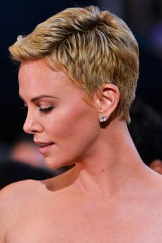 Here's how Charlize stole the show at the Oscars.: 17 Reasons Why Charlize Theron Was The True Winner At The 2013 Academy Awards - Celebuzz