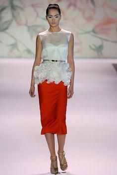 Monique Lhuillier Spring 2011 Ready-to-Wear Fashion Show - Kristy Kaurova