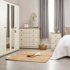 Findon 4 Door Mirrored Wardrobe – Next Day Delivery Findon 4 Door Mirrored Wardrobe from WorldStores: Everything For The Home