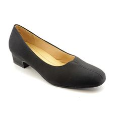 Trotters Women's 'Doris' Dress Shoes - Narrow