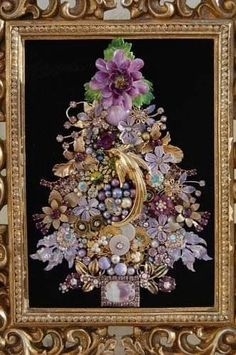 Vintage Jewelry Framed Christmas Tree ♥ lavender, purple & tons of golden glam Jeweled Christmas Trees, Christmas Tree Art, Purple Christmas, Christmas Jewelry, Christmas Crafts, Christmas Earrings, Magical Christmas, Christmas Angels, Xmas