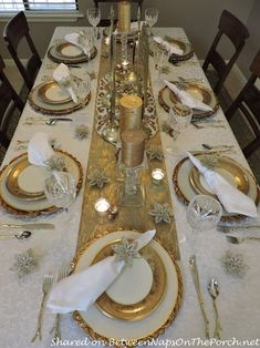 Christmas in Heaven Angel-Themed Table.- Christmas in Heaven Angel-Themed Table Setting for Christm… Christmas in Heaven Angel-Themed Table Setting for Christmas - Gold Christmas Decorations, Christmas Table Decorations, Christmas Table Settings, Christmas Tablescapes, Decoration Table, Gold Table Settings, Setting Table, Christmas Dining Table, Dining Room Table Decor