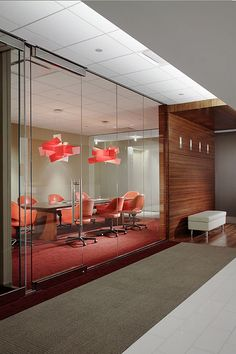 Another HOK Atlanta conference room Corporate Office Design, Office Space Design, Corporate Interiors, Workplace Design, Office Interior Design, Office Interiors, Corporate Offices, Commercial Design, Commercial Interiors