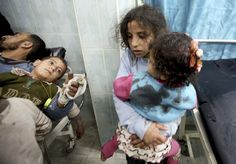 palestinians children | Wounded Palestinian children are seen in a hospital in the northern ...