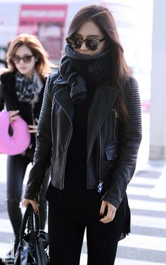 SNSD Yuri Airport Fashion 2013
