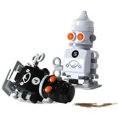 Salt & Pepper Robots | Think Geek