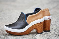 Y-3から、ウッドソールの新作シューズ「スポーツ クロッグ」 - クラシックなスニーカー