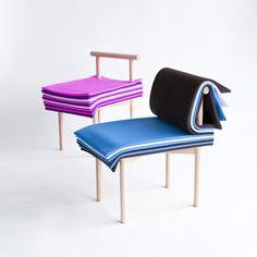 NORIKO HASHIDA DESIGN 本の様に座面のクッションをめくり、デリケートに高さを変えることができる椅子です。 私たちは、体格や靴によってフィットする高さが異なるので、 椅子にリラックスして座るためには、微妙な調整が必要です。 高さの微妙な調整と同時に、座面のカラーをシンプルな動作で変えることができ、体にも心にもフィットする椅子になります。