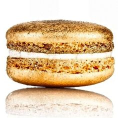 Gold French Macaron. #gold