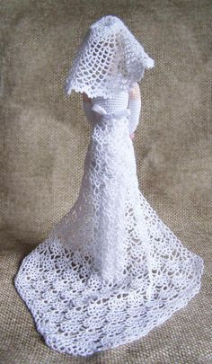 Elegant art chic doll in retro style. I crocheted it of eco friendly cotton yarn. This collectible doll will decorate any interior and attract the attention. It can stand itself. Best gift for mom and girl Height 12 in Crochet Wedding Dress Pattern, Crochet Wedding Dresses, Crochet Doll Dress, Crochet Barbie Clothes, Wedding Dress Patterns, Barbie Wedding Dress, Wedding Doll, Barbie Dress, Crochet Applique Patterns Free