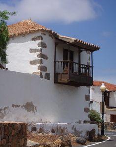 Canary Islands Photography: #ArquitecturaCanaria #BalconCanario  Fuerteventura...