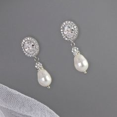 Hey, I found this really awesome Etsy listing at https://www.etsy.com/listing/236934750/crystal-bridal-earrings-crystal-and