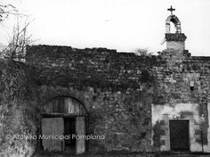 1970.Ciudadela.Capilla. Pamplona, San Francisco Ferry, Building, Travel, Old Photography, Fotografia, Voyage, Buildings, Viajes