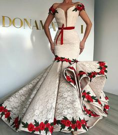 dresses evening gowns & dresses evening ` dresses evening long ` dresses evening short ` dresses evening cocktail ` dresses evening elegant ` dresses evening 2019 ` dresses evening to wear to a wedding ` dresses evening gowns African Traditional Dresses, Traditional Wedding Dresses, African Fashion Dresses, African Dress, Dress Fashion, African Evening Dresses, Fashion Show Dresses, Mermaid Evening Dresses, Evening Gowns