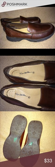 Brown Leather Tom Mcan Loafers 8.5 Brown Leather Tom McAn loafers Sz 8.5 good condition. Tom McAn Shoes Flats & Loafers