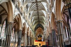 arquitectura gotica interior - Buscar con Google