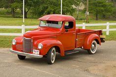1948 International Pick-Up. Vintage Pickup Trucks, Antique Trucks, Vintage Cars, International Pickup Truck, International Harvester Truck, Hot Rod Trucks, Cool Trucks, Jeep Suv, Dodge Trucks