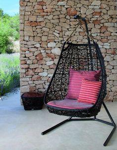 Designer Hängestuhl aus Rattan im Freien von Patricia Urquiola