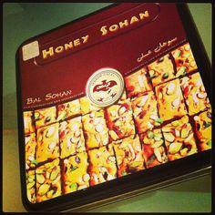 HONEY SOHAN #cookie #keks #honey #honig #sohan #iran #chocolate #schokolade #almond #mandel #pistachio #pistazie #sekkehgaz